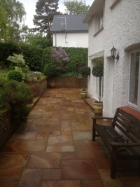 Herts Power Clean - Professional Driveway and Patio Cleaning image